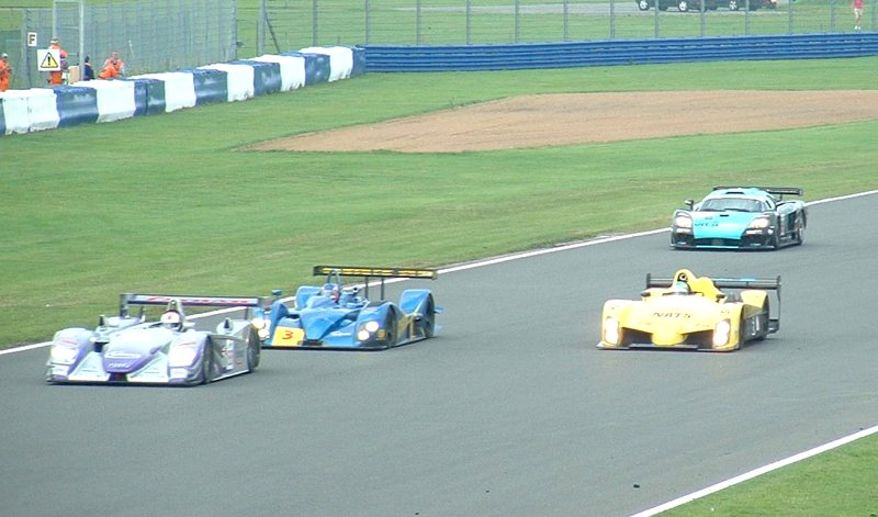 Variety in LMES race, Silverstone, 2004